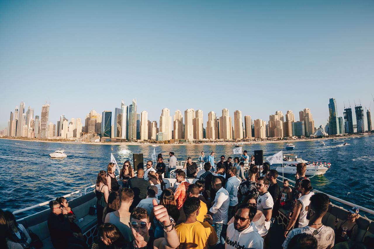 2019年3月8日 Twenty Twenty Sunset Yacht Brunch Hosted by Darren Emerson 開催!